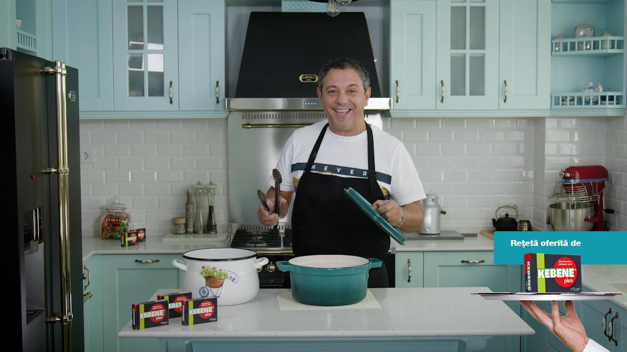 Cum prepară Chef Sorin Bontea ciolanul de porc. Rețeta simplă pe care o pregătește de Sărbatori