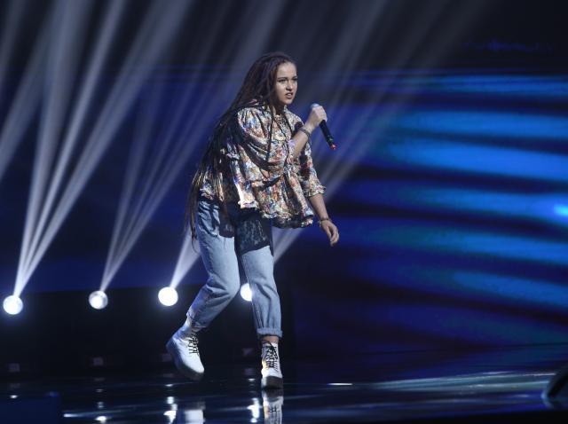 """Andreea Dobre a interpretat piesa  """"Cryin"""" de la Aerosmith în sezonul 9 X Factor"""