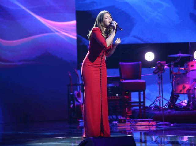 """, Marina a interpretat piesa """"Belive"""" de la Cher, varianta piano"""