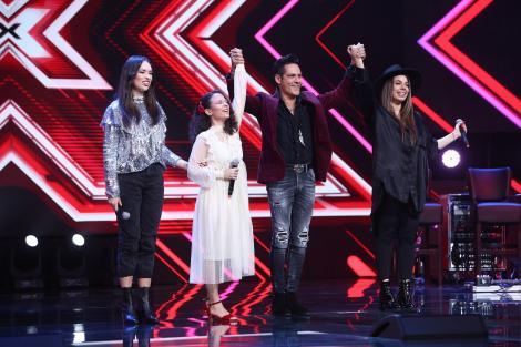 """Ștefan Bănică și Loredana de la """"X Factor"""" au ales câte trei concurenți pe care îi vor duce în următoarea etapă"""