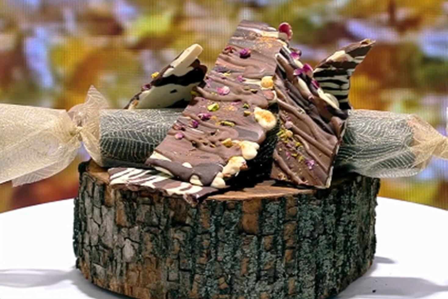 Vlăduț ne învață cum putem prepara un trio desert de ciocolată