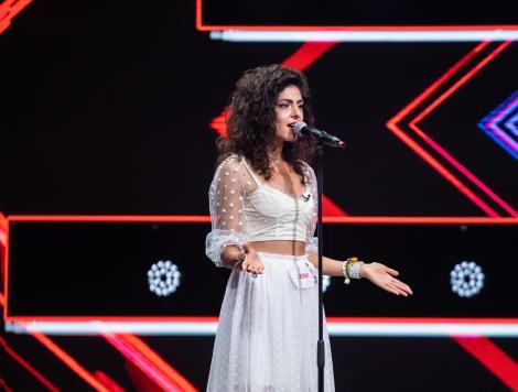Jasmina Glodeanu a fost o adevărată apariție pe scena X factor. Vocea ei a emoționat-o pe Loredana