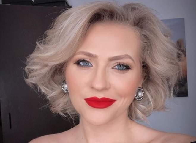 """De 1 Decembrie, Mirela Vaida lansează primul clip video la melodia populară  """"Eu sunt fata din Moldova"""""""