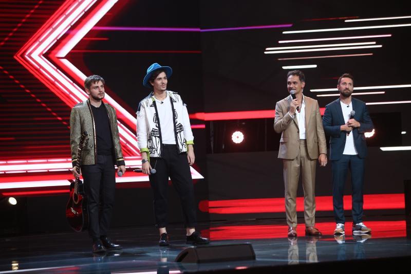 """Concurenții din sezonul 9 """"X Factor"""" luptă pentru un loc în finală"""