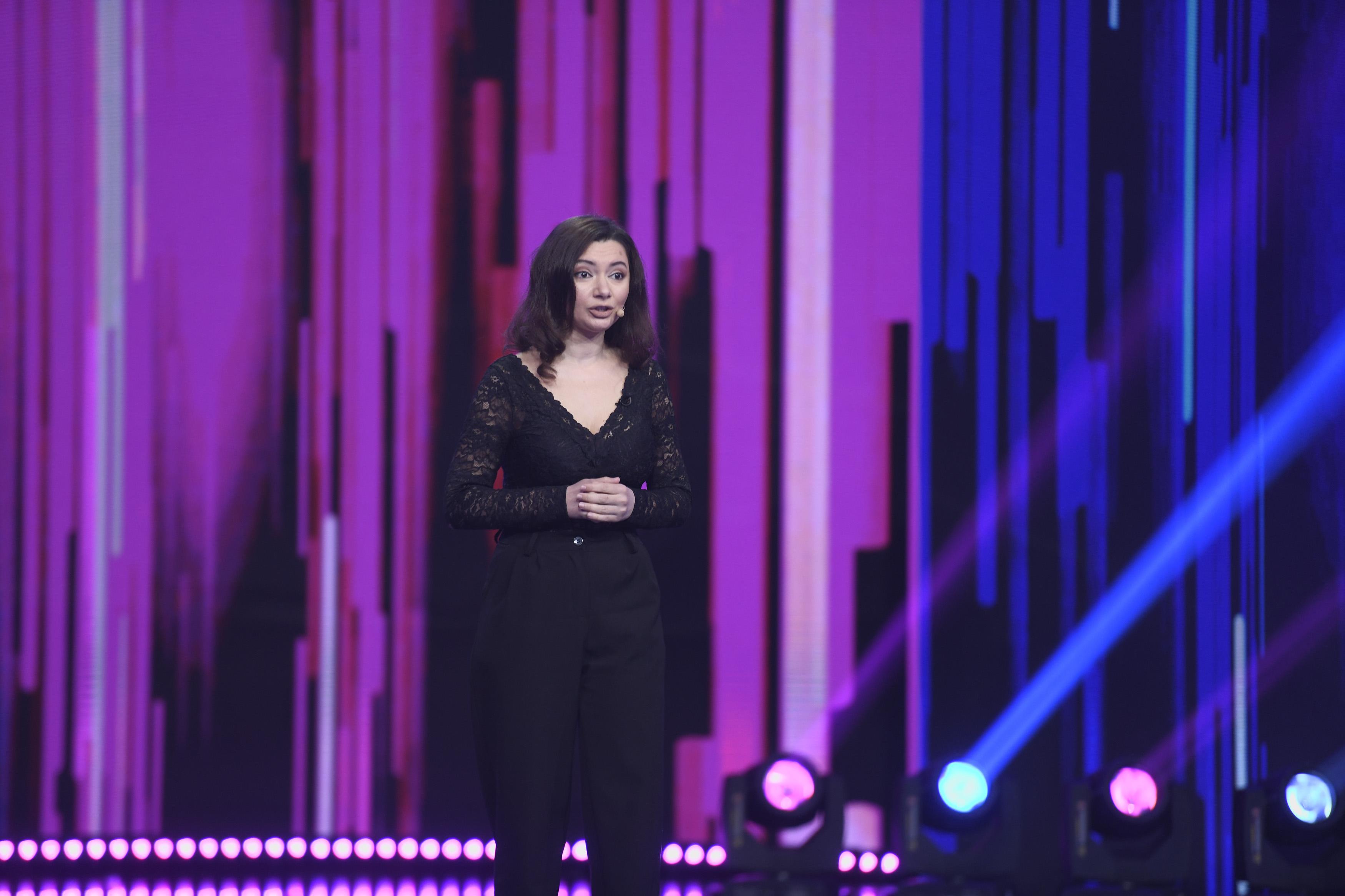iUmor 2020, Semifinala. Lavinia Dalea, cu glumele la purtător, a vorbit despre pisica lui Schrodinger