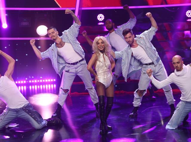 Ami, transformare spectaculoasă în Britney Spears: