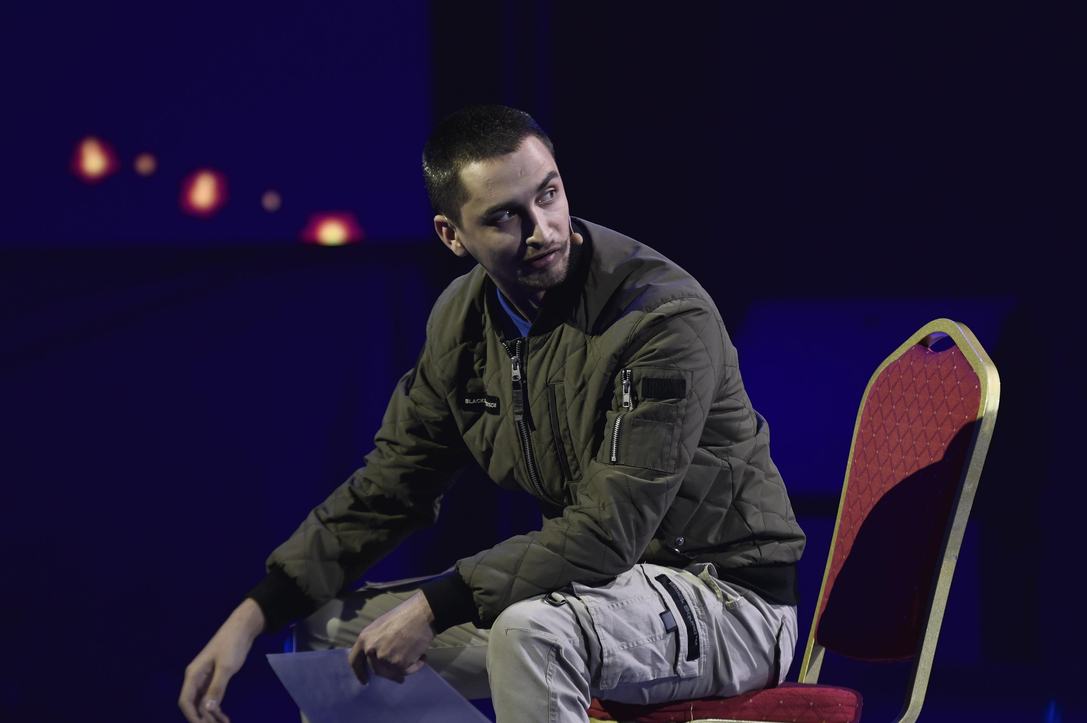 Finala iUmor 2020. Mădălin Ghioc a venit pe scenă cu un număr spectaculos, care a surprins jurații