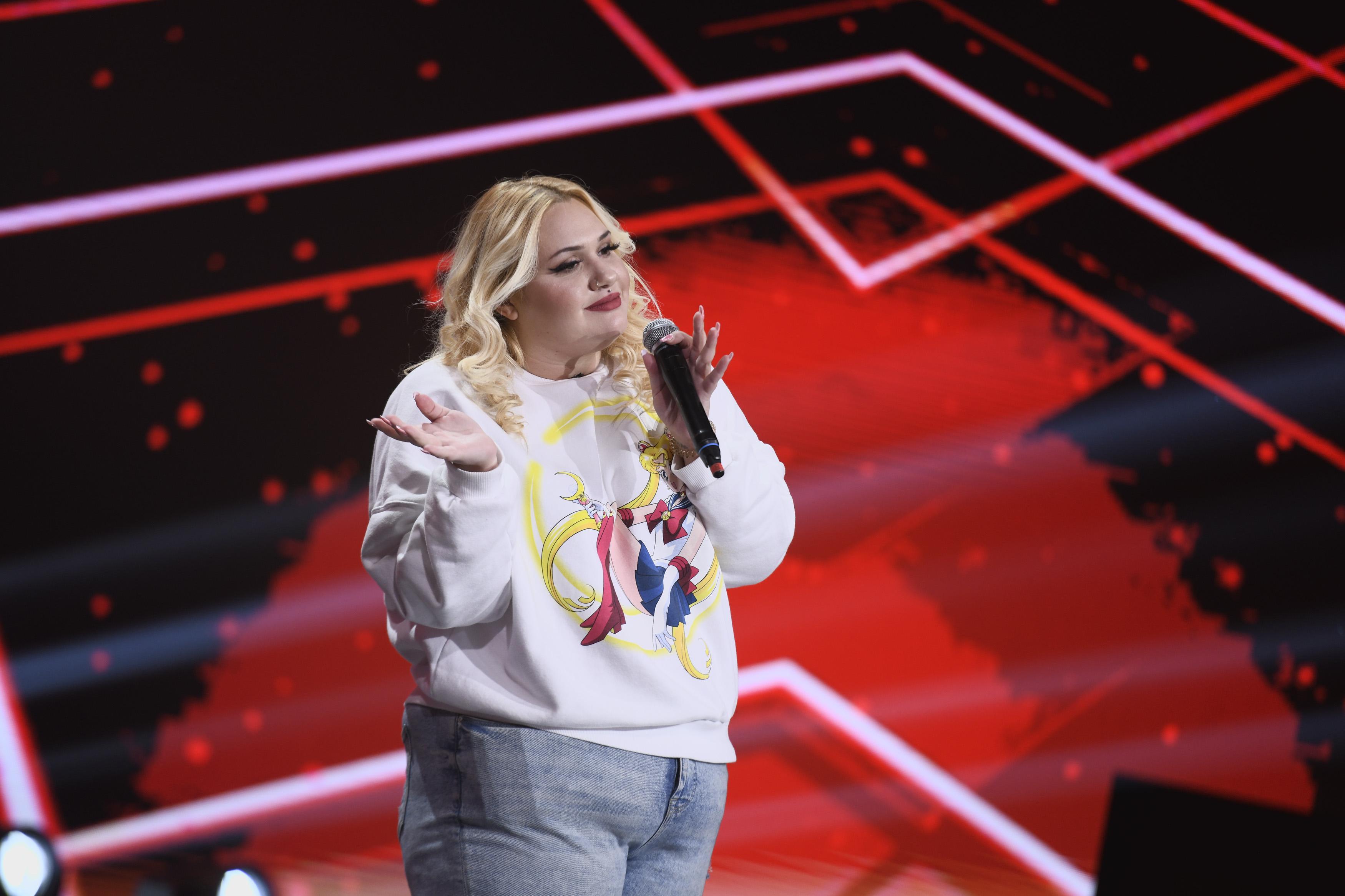 """Finala iUmor 2020. Jasmina Negrea, număr de stand-up care l-a surprins pe Mihai Bendeac: """"Plângi?"""""""