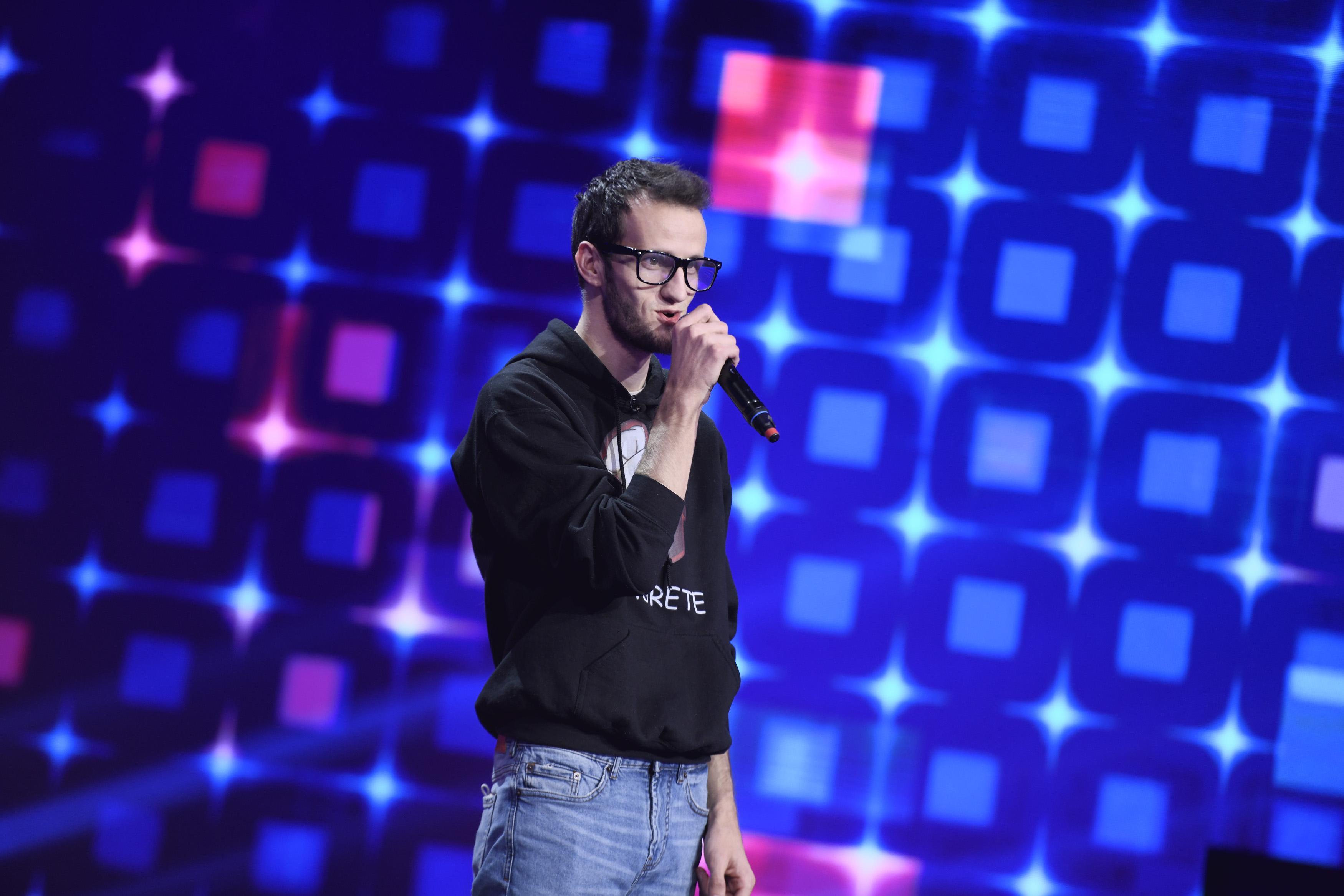 Finala iUmor 2020. Andrei Ungureanu, Omul cu Tourette, numărul de excepție care l-a impresionat pe Cheloo