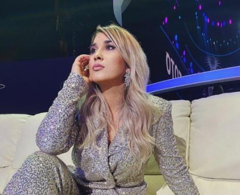 """ADDA și Andrada Precup au lansat colindul """"De Crăciun"""". Cele două au făcut un duet de excepție"""