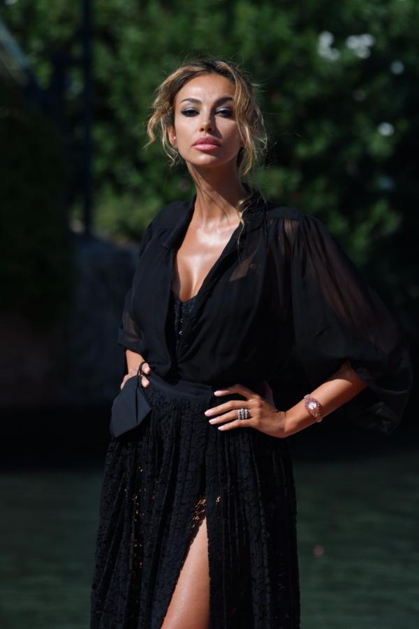 Mădălina Ghenea este fără doar și poate una dintre cele mai frumoase românce