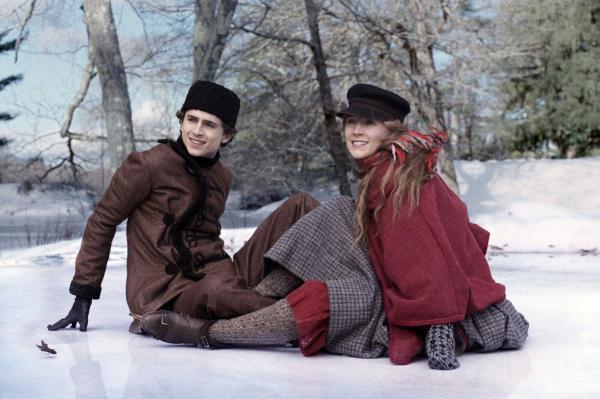 Saoirse Ronan și Timothée Chalamet în ''Little Women''