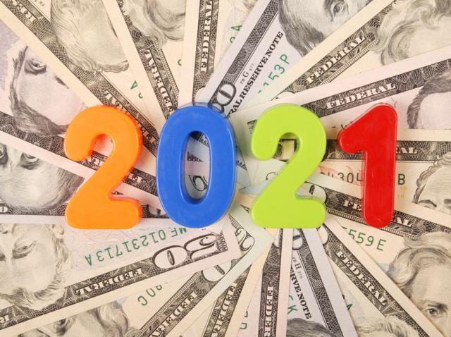 noroc si bani in 2021, obtinuti dupa ce s-a tinut cont de superstitiile de 1 ianuarie si sfantul vasile 2021
