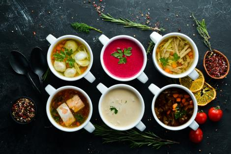 Supe și ciorbe acrite în sezonul rece