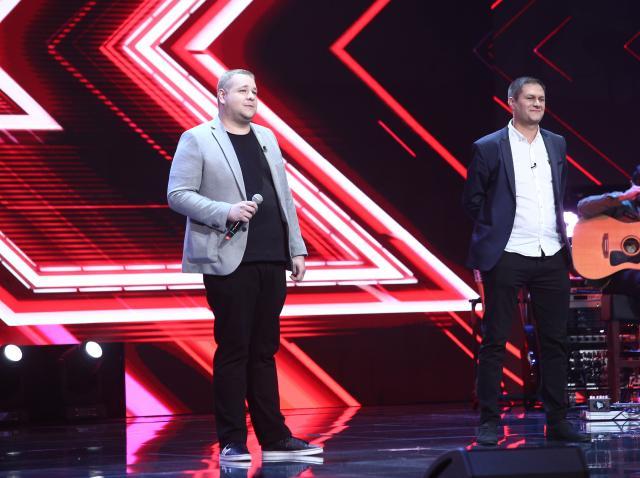 """X Factor 2020. Cei din trupa """"West Vlads"""" au făcut spectacol, dar nu și-au ales piesa potrivită"""