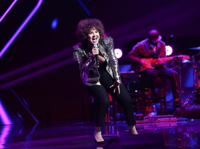Alina Dincă a interpretat pe scenă în Bootcamp, piesa Fate de la H.E.R