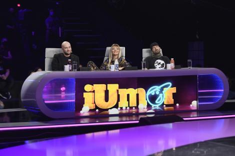 Jurații iUmor, în semifinală, așteptând-o pe Ela Voineag, câștigătoarea ediției