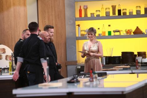 """Chefi la cuțite 7 decembrie 2020. Temă neașteptată la proba de gătit pe echipe! Ce a anunțat Gina Pistol: """"Atăzi sunt zeiță"""""""