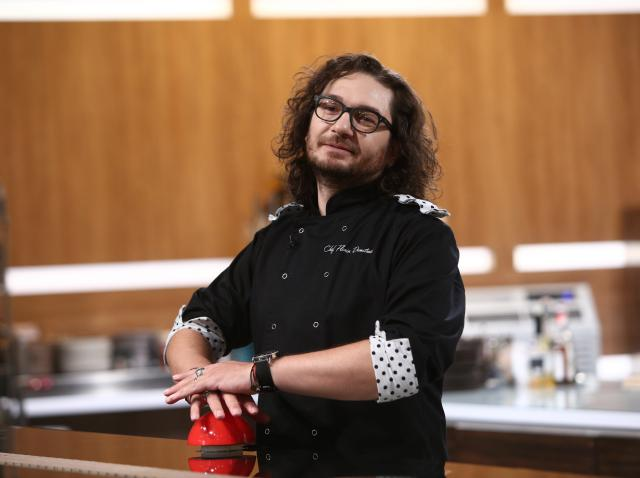 """Florin Dumitrescu a folosit o amuletă în ediția 41 din sezonul 8 """"Chefi la cuțite"""""""