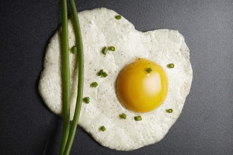 Primele ouă vegane au fost obţinute într-un laborator din Paris. Noile ouă sunt realizate din legume