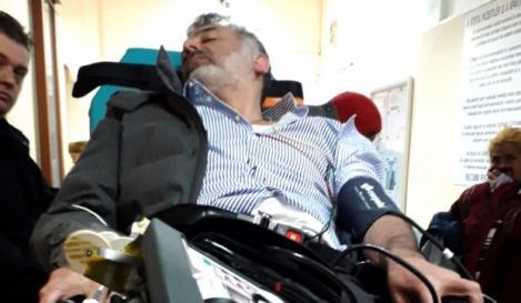 Joseph Hadad, fostul jurat de la Antena 1, transportat de urgență la spital. Celebrul chef ar fi făcut infarct
