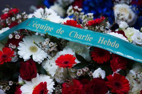 """Franța încearcă să evite încă o tragedie """"Charlie Hebdo"""". O adolescentă este amenințată cu moartea"""