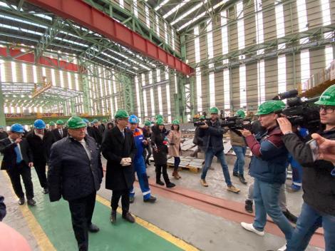 Virgil Popescu: Sunt foarte mulţumit de cum s-a dezvoltat şantierul de la Mangalia, preluat de la 1.600 de angajaţi, a ajuns la peste 2.200