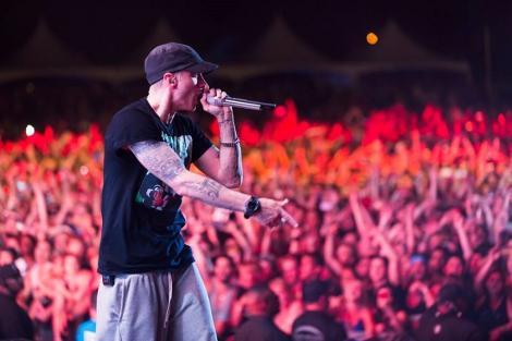 """Videoclipul piesei """"Rap God"""" a lui Eminem a depăşit pragul de un miliard de vizualizări pe YouTube"""