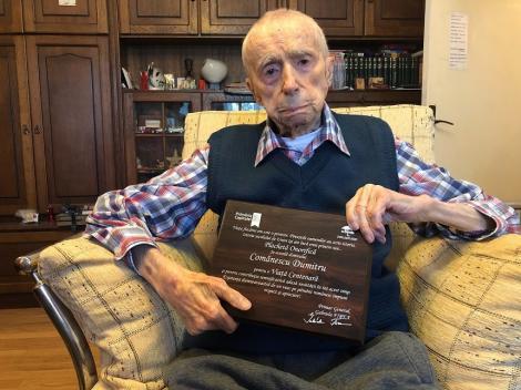 111 ani şi 3 luni. El este cel mai vârstnic bărbat din București, declarat oficial al treilea cel mai longeviv bărbat al Planetei
