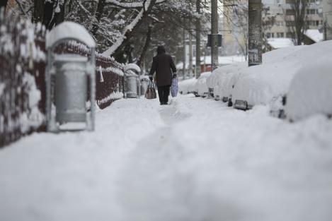 Vremea, la extreme! Temperaturile scad semnificativ și se întorc ninsorile. Cât de frig va fi în România?
