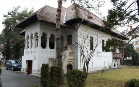 Un muzeu dedicat lui Constantin Brâncuși nu conține niciun exponat al acestuia. Continuăm să-l batjocorim pe infinitul Brâncuși