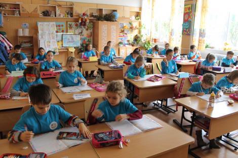 Ministerul Educației anunță calendarul complet şi metodologia înscrierii copiilor în clasa pregătitoare pentru anul școlar 2020-2021