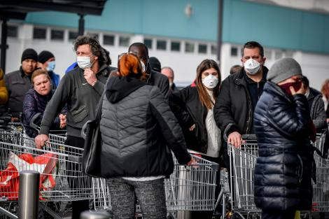 Tot mai mulți români întorși din Italia se prezintă la spital. Un medic venit din zona de risc a fost izolat pentru 14 zile