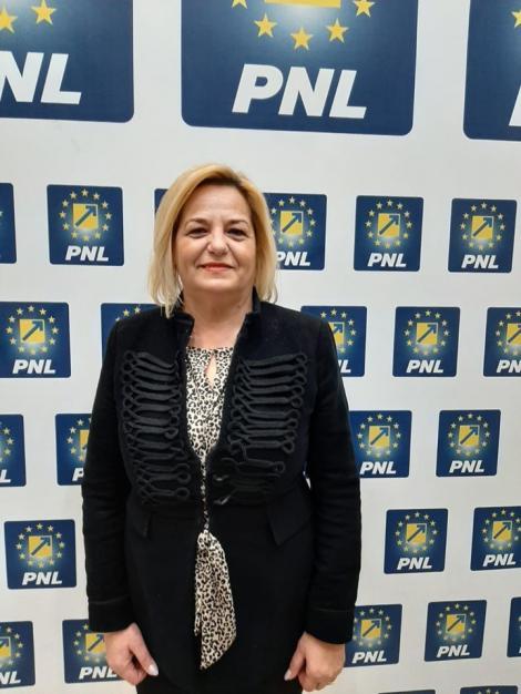 Organizaţia de femei PNL din municipiul Iaşi se opune venirii lui Chirica în partid: Acest mariaj ar fi imoral. Cei care cred în valorile de dreapta se vor simţi trădaţi
