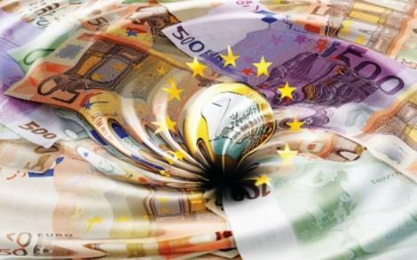 """Mai multe bănci sunt suspecte de  tranzacţii ciudate și de spălare de bani. """"Nu ezitaţi să închideţi conturi"""""""