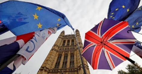 Marea Britanie adoptă o poziţie fermă în perspectiva negocierilor comerciale cu Uniunea Europeană