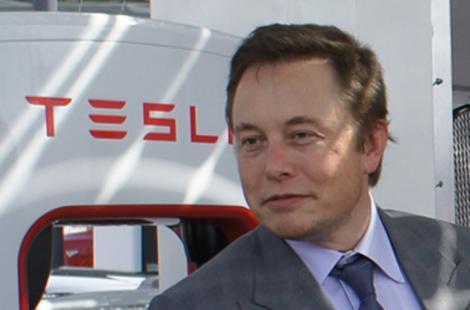 Acţiunile Tesla au urcat cu 17%, după profitul raportat de compania mixtă producătoare baterii deţinută cu Panasonic