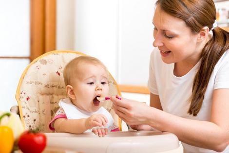 Finlanda va oferi mamelor şi taţilor un concediu de şapte luni pentru fiecare părinte, plătit în mod egal