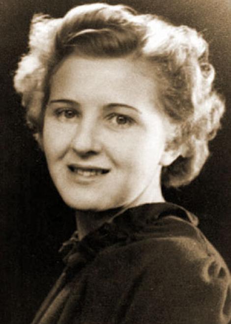 6 februarie 1912: vine pe lume anonima perfectă. Hitler a ales-o pe ea. De ce? Cine a fost Eva Braun?