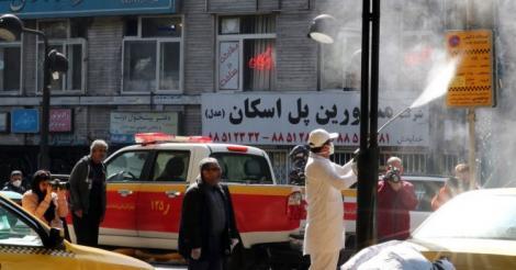 Zeci de morți în Iran, după ce au consumat alcool contrafăcut în încercarea de a ține coronavirusul la distanță