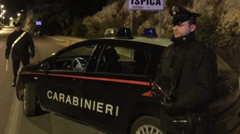 Trei români au fost prinși la furat în Italia, în timp ce oamenii sunt în carantină din cauza coronavirusului. Tinerii au sustras bunuri de mii de euro