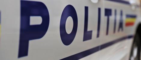 """Femeie din Piteşti, prinsă pe Aeroportul """"Henri Coandă"""" când încerca să aducă în ţară, în corp, 350 de grame de metamfetamină. Ea şi un colaborator, arestaţi preventiv"""