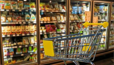 """Decret Iohannis - măsuri în domeniul economic. Prețurile se pot plafona, dar nu la alimentele de """"fițe"""""""