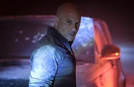 """Filmul de acţiune """"Bloodshot"""" cu Vin Diesel a debutat pe primul loc în box office-ul românesc. Capacitatea sălilor de cinema - înjumătăţită, încasări scăzute"""