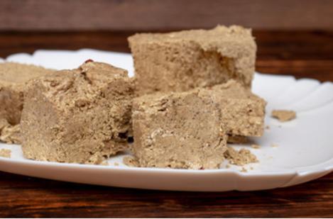Cum putem prepara Halva de casă din doar trei ingrediente? Un desert delicios cu gust de copilărie.