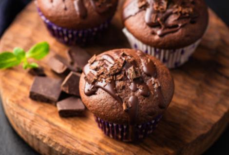 Cu ce dulciuri ne mai putem delecta în post? Rețeta Muffins de post cu ciocolată.