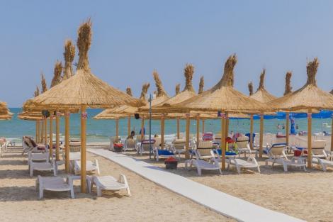 Hotelierii de pe litoral solicită Guvernului mai multe măsuri, printre care exceptarea de la plata taxelor pe salarii până la 30 iunie, acordarea voucherelor de vacanţă şi subvenţii pentru plata salariilor