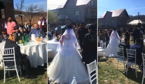 Video - Nuntă cu lăutari și cu 300 de invitați în vremea coronavirusului! Persoane izolate au dansat în cinstea miresei