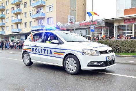 Bărbat audiat de poliţiştii din Capitală după ce ar fi scuipat, în trafic, o persoană aflată într-o maşină