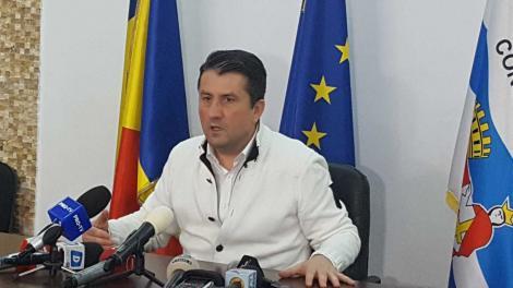 Cei 1500 de români proveniţi din zona roșie a Italiei sunt respinși. Primarul Decebal Făgădău nu este de acord cu plasarea în carantină în Constanţa